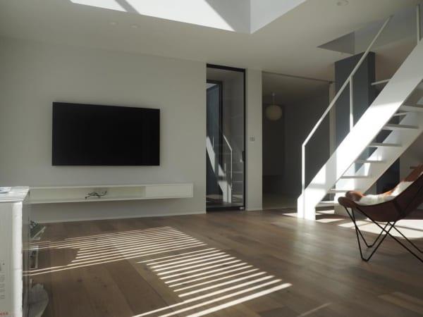 壁掛けテレビの配線を隠す方法21