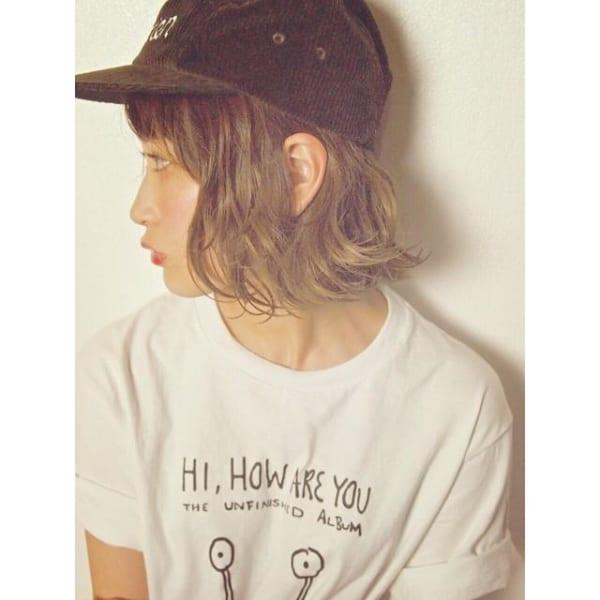 キャップに似合う髪型:パーマボブ