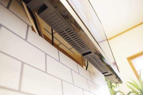 壁掛けテレビの配線を隠す方法12