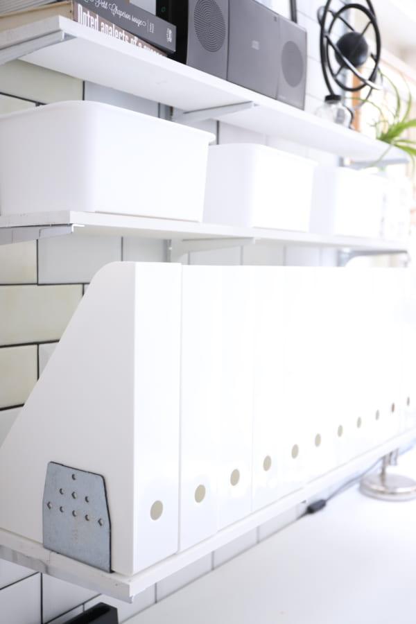 真っ白な収納アイテム その①A4ファイルスタンド6
