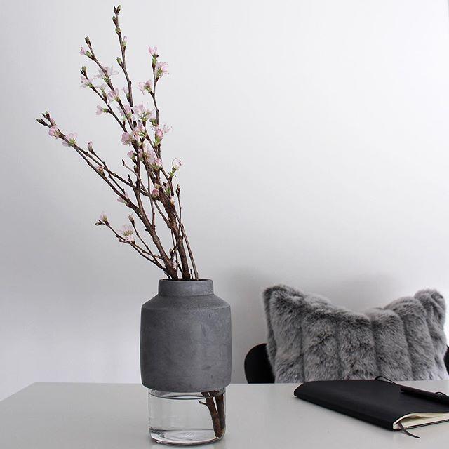モダンインテリア 桜 花瓶