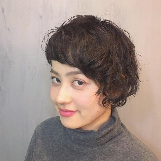 黒髪ボブパーマ18