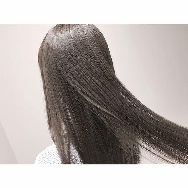 2019 モテる髪型 ストレートロング