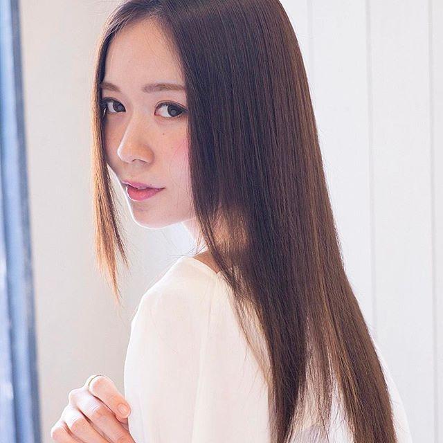 30代におすすめの前髪スタイル①ロング 前髪なし ストレート