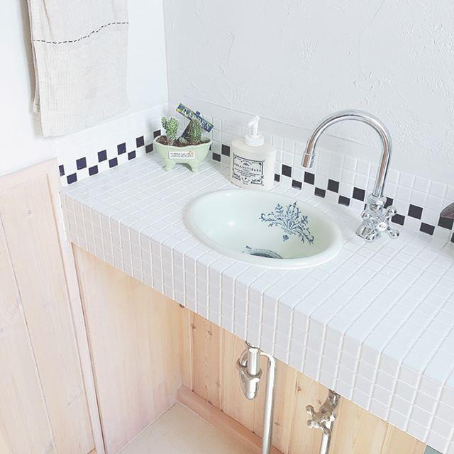 フレンチインテリア モザイクタイル 洗面台