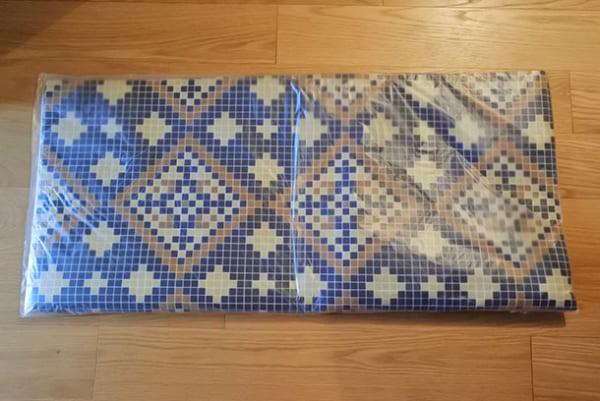 フェリシモ 【使ってみた】モザイクタイル風シートで玄関の床をイメチェン!3