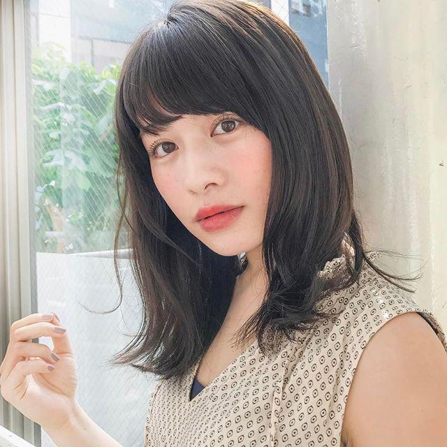 くせ毛のパーマ風アレンジ③ミディアムヘア9
