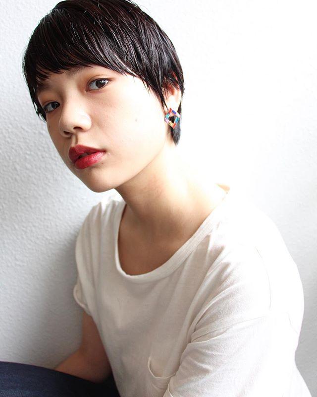 ベリーショート×黒髮