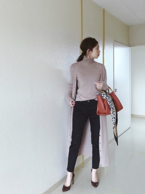 【ZOZO】スリムテーパードデニムパンツ/ブラック3