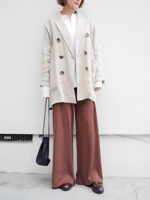 リネンのテーラードジャケット