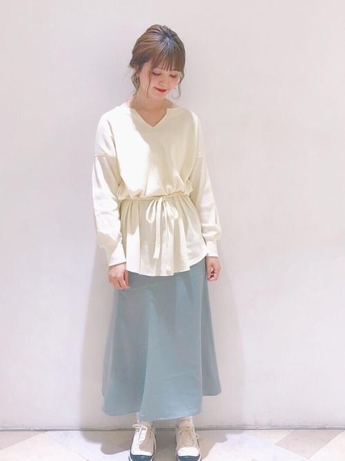 サテンマーメイドスカート