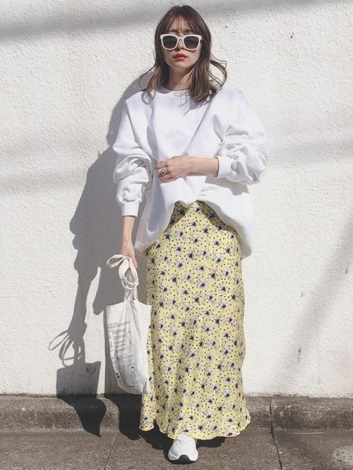 イエロー花柄ロングスカート