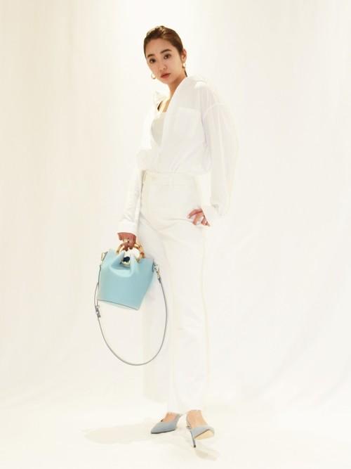 [CHARLES & KEITH] ペタルフォールド バケツバッグ / Petal Fold Bucket Bag