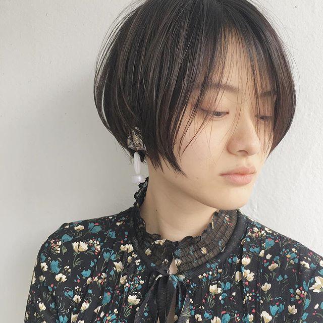 2019 モテる髪型 ストレート ワンレン ショート