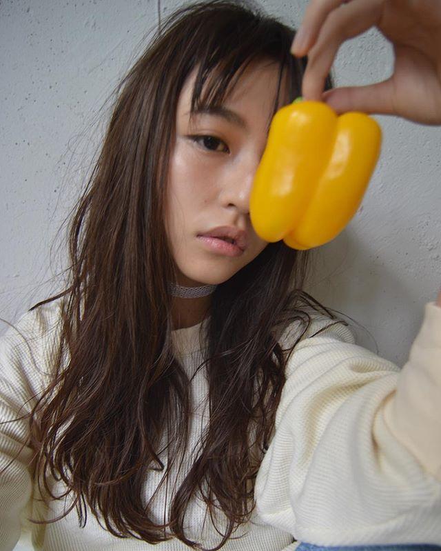 くせ毛のパーマ風アレンジ④ロングヘア2