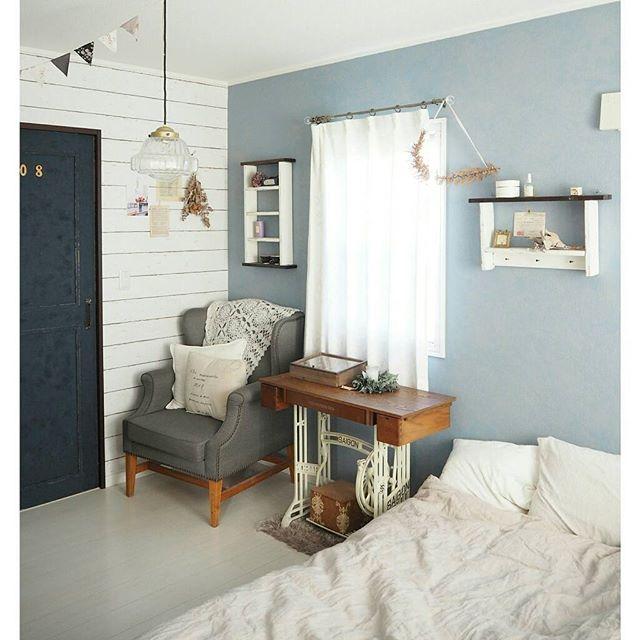 アクセントクロス 寝室 ブルー 板壁