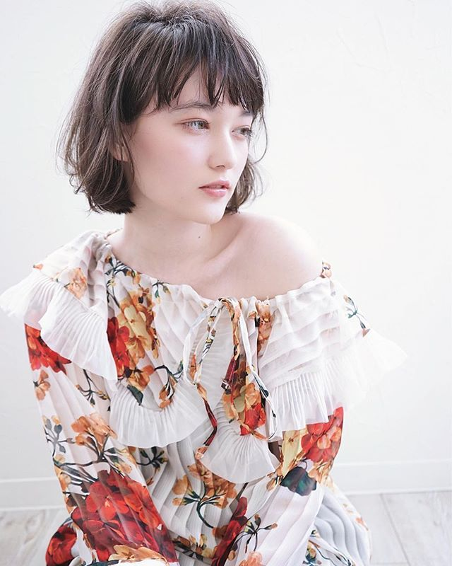 くせ毛のパーマ風アレンジ①ショートヘア8