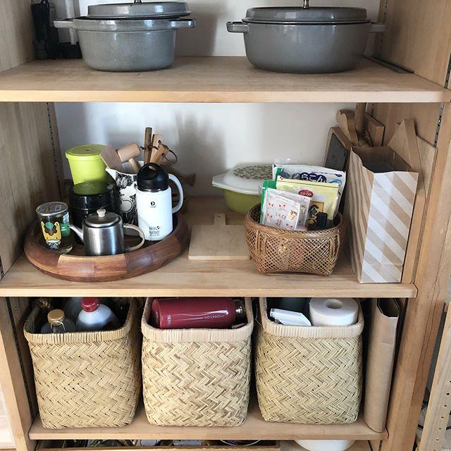 出しっぱなし収納 食器2