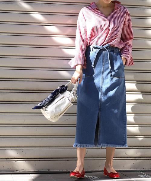 [coca] フロントスリット入り裾フリンジデニムスカート