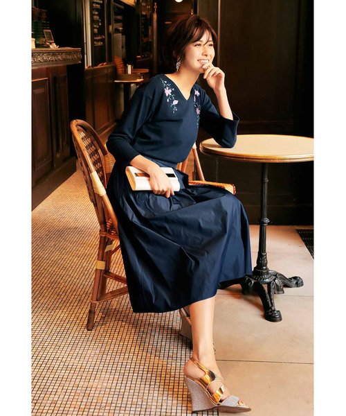 [FELISSIMO] IEDIT 2つのカラーが楽しめる リバーシブルメモリータッチスカート