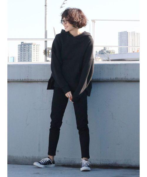 モノトーンコーデ【パンツスタイル】