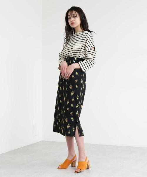 [FREE'S MART] ◆飛び花柄パイピングIラインミモレ丈スカート