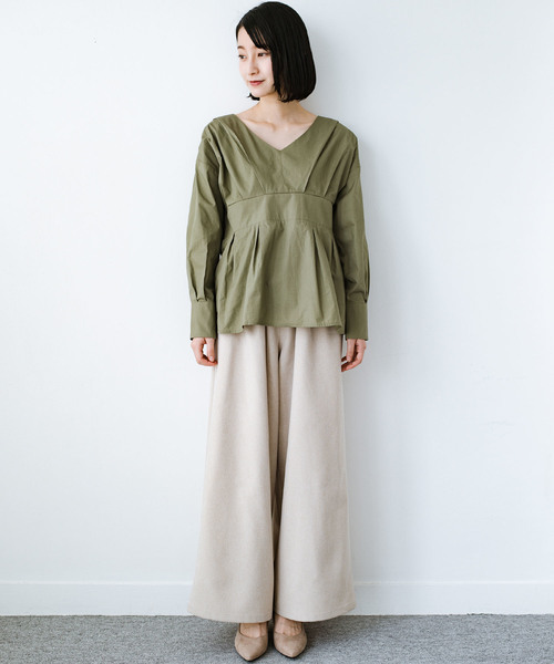 [haco!] パッと着るだけで今っぽ&女っぽが叶う プルオーバーブラウス