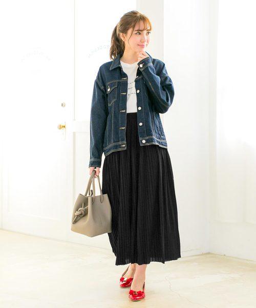 ブラックスカート2