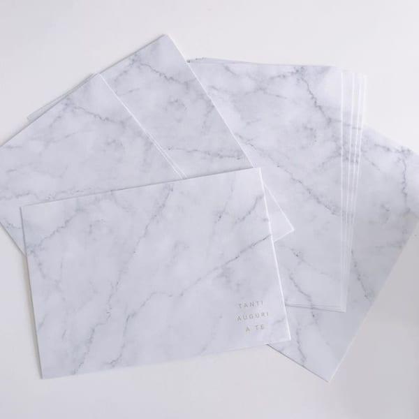 大理石柄の封筒