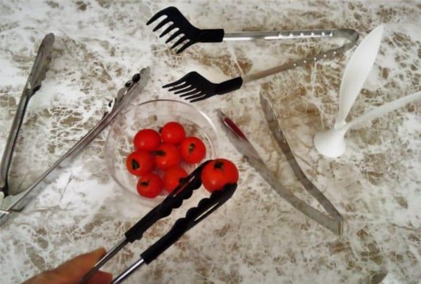 用途に合わせて選べるトングで料理の効率をアップ♡