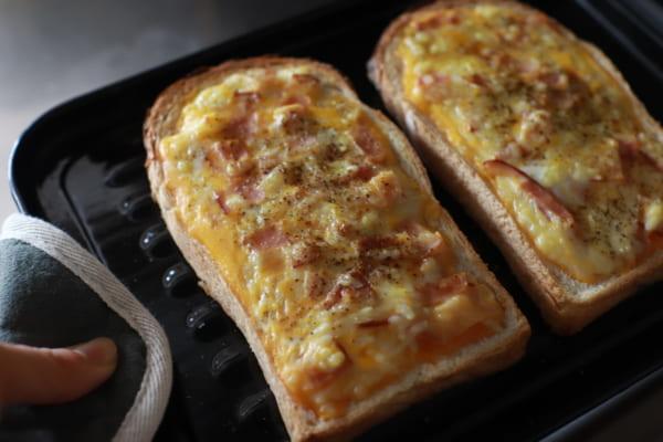 絶品!濃厚カルボトースト 作り方4