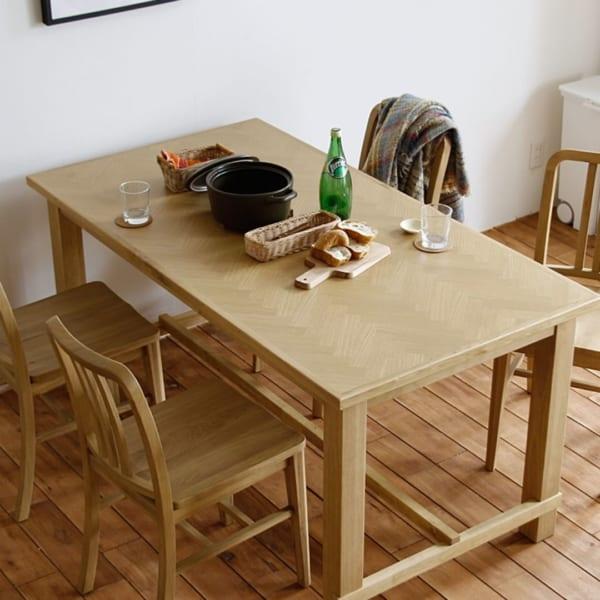 北欧風ナチュラルテーブル