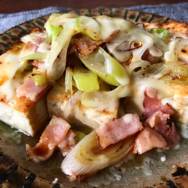 とろーりチーズのネギベーコン豆腐