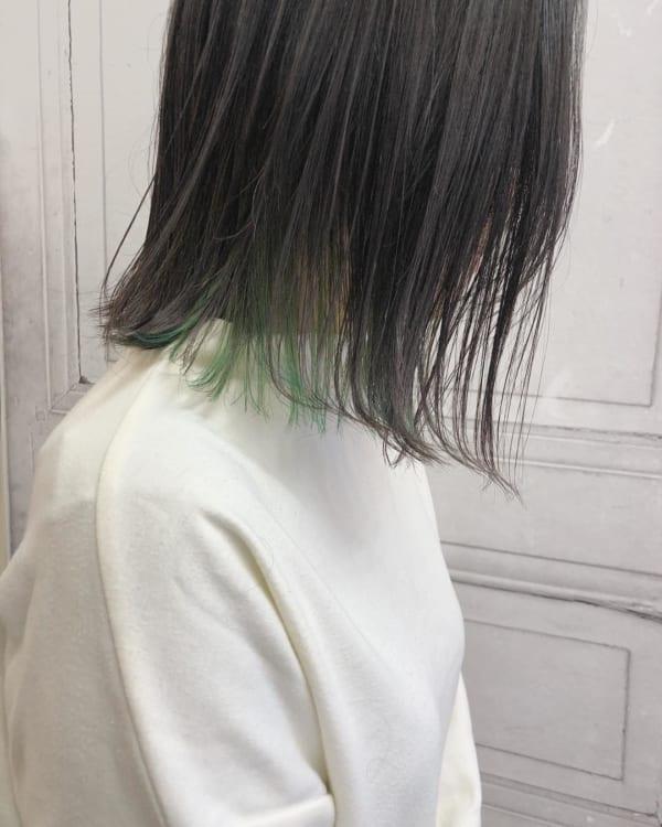濃淡をつけたグリーン