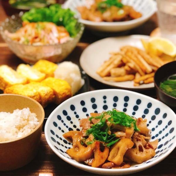 ご飯との相性バツグン!豚バラとレンコンの炒め物
