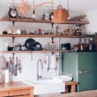 リノベーションで自分好みの空間に♡古道具好きさんの素敵なキッチンインテリア