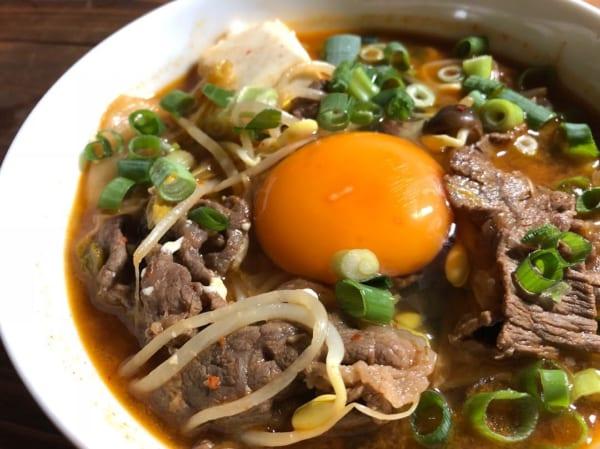 遅い夜の食事にも!牛肉と豆腐のスンドゥブ