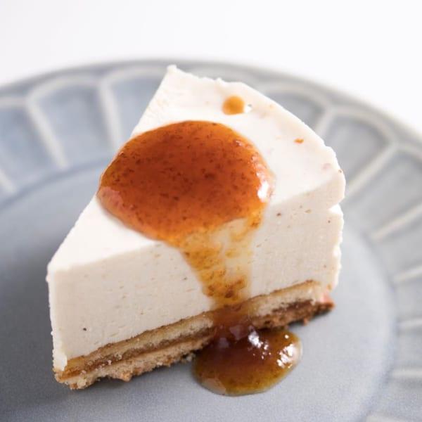 梅のレアチーズケーキ