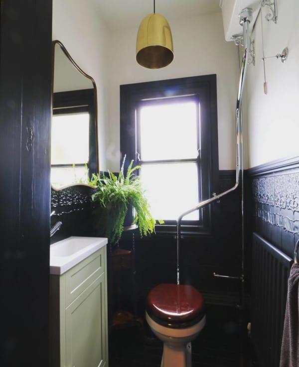 ヴィンテージな雰囲気が素敵なトイレ