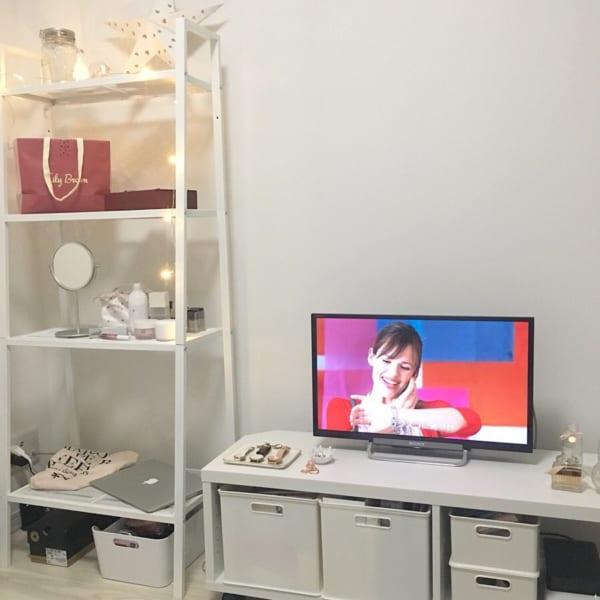 一人暮らし ガーリー ホワイトインテリア IKEA ディスプレイラック
