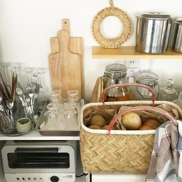 キッチンにも使えるバスケット収納2