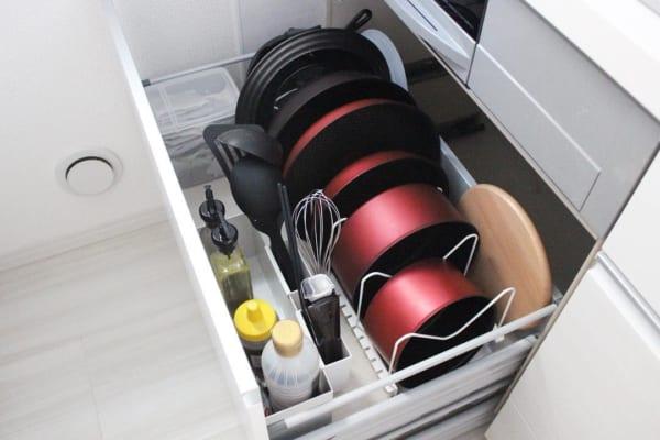 キッチン収納 フライパン