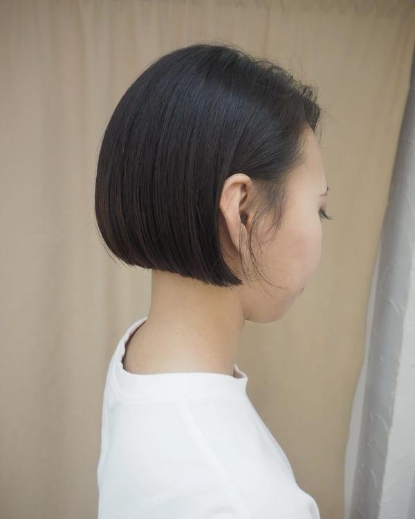 黒髪アシメワンレンショート2