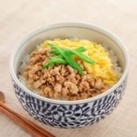 丼の人気レシピまとめ!時短も叶う定番&アイデア料理を食材別にご紹介します