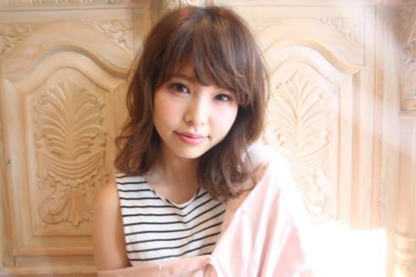 くせ毛のパーマ風アレンジ③ミディアムヘア2