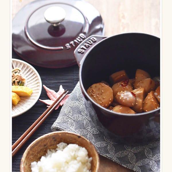 里芋と玉こんにゃくの甘辛煮