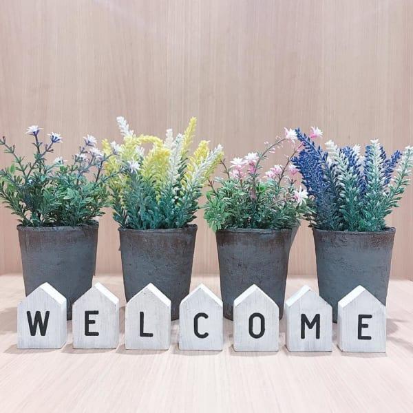 春らしい小花が可愛い鉢入り造花小花