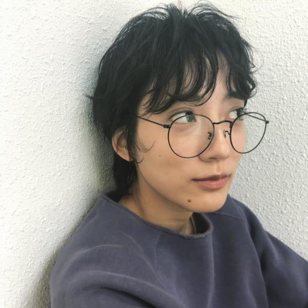 メガネ×黒髪ショート2