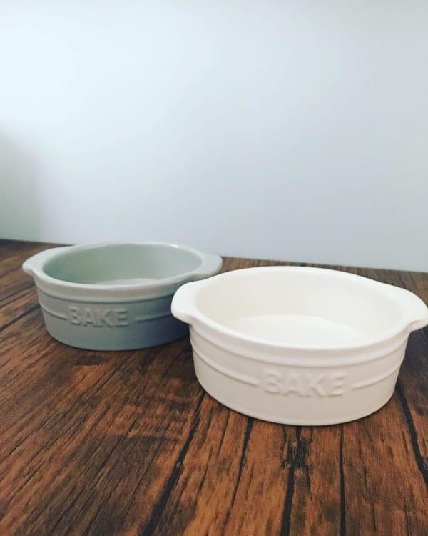 セリアのマットな質感のグラタン皿