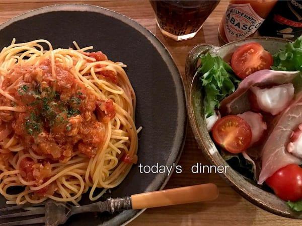 鯖缶とトマト缶で簡単パスタ